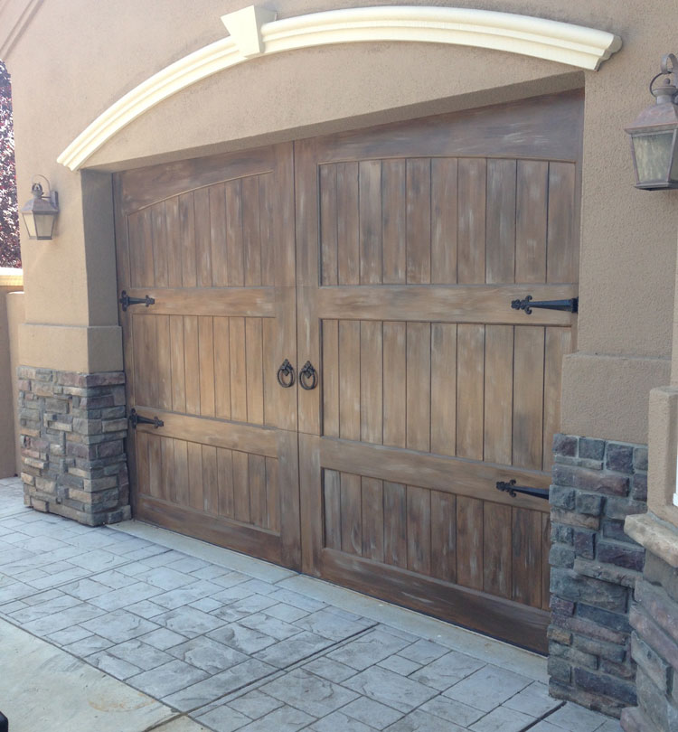 faux-finish-garage-door